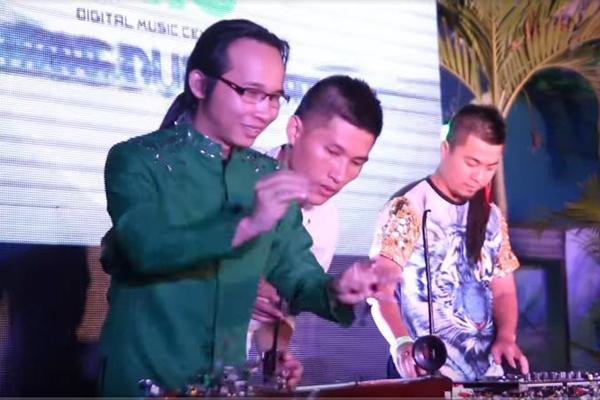 DMC Saigon | Welcome to Vietnam | Wang Trần ft. Ns. Hà Chương